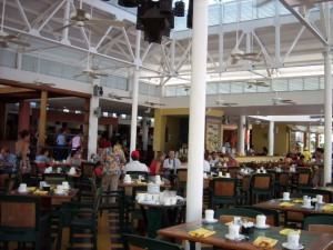 buffet restaurant at Decameron2