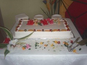 tres-leches-tropical-wedding-cake