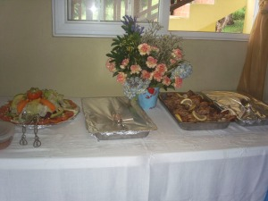 tropical-wedding-panamanian-buffet